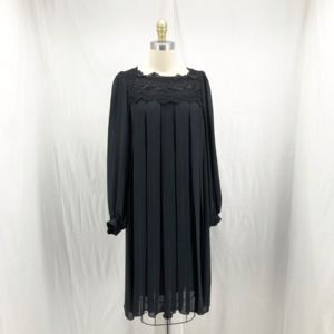 Vintage CHEZ California Pleated Puff Sleeve Shift